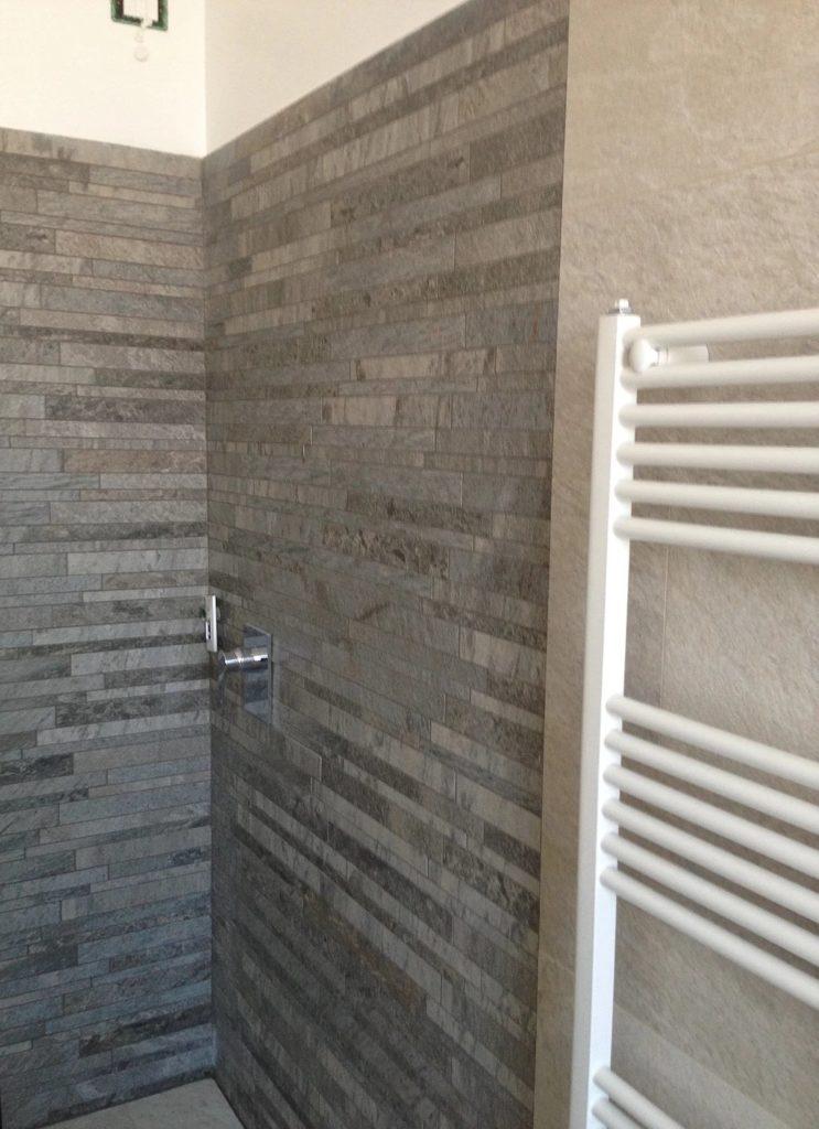 bagno-doccia-parete-mosaico-edil-la-palma-milano